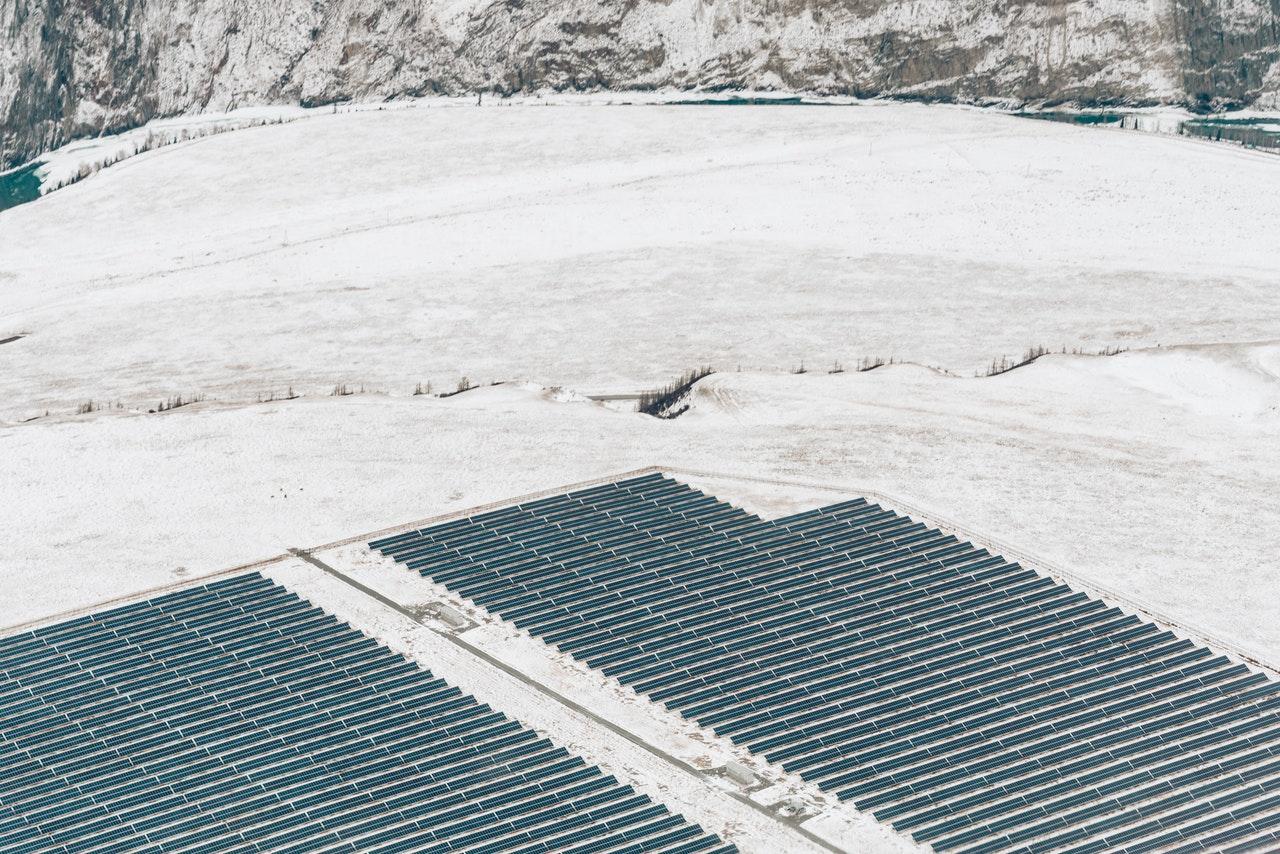Fotowoltaika zimą – jak wpływa na wydajność instalacji PV?